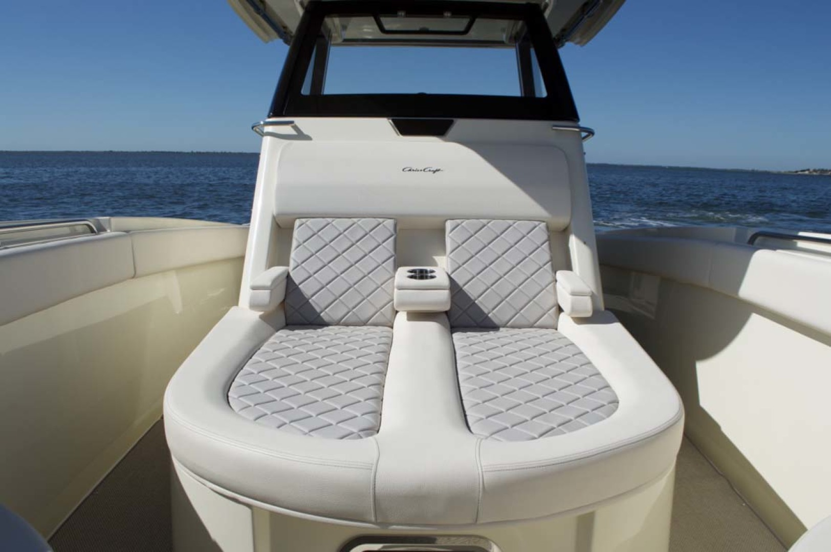 Chris-Craft-30 Catalina 2018-Blue Waters Long Island-New York-United States-Sunpad-1228941   Thumbnail