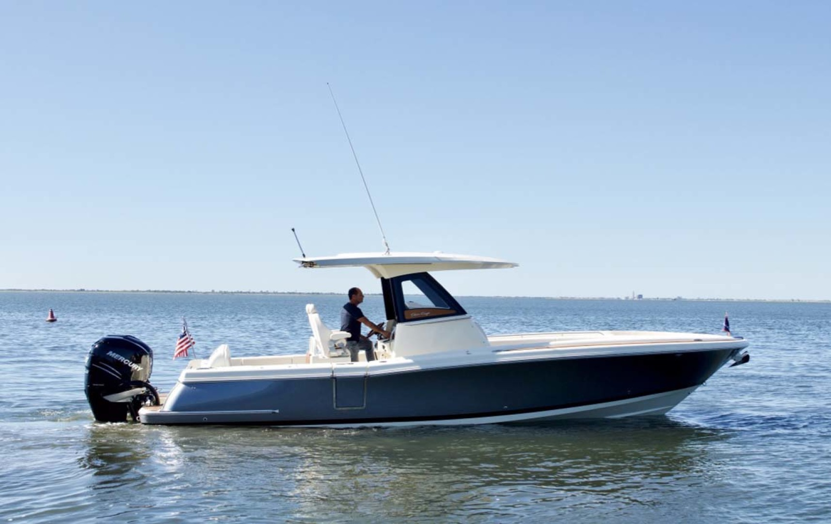 Chris-Craft-30 Catalina 2018-Blue Waters Long Island-New York-United States Starboard Profile-1228928 | Thumbnail