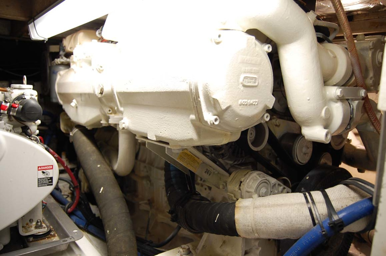 Henriques-38 Convertible 1988-Restless Southold-New York-United States-Port Engine-1228556 | Thumbnail