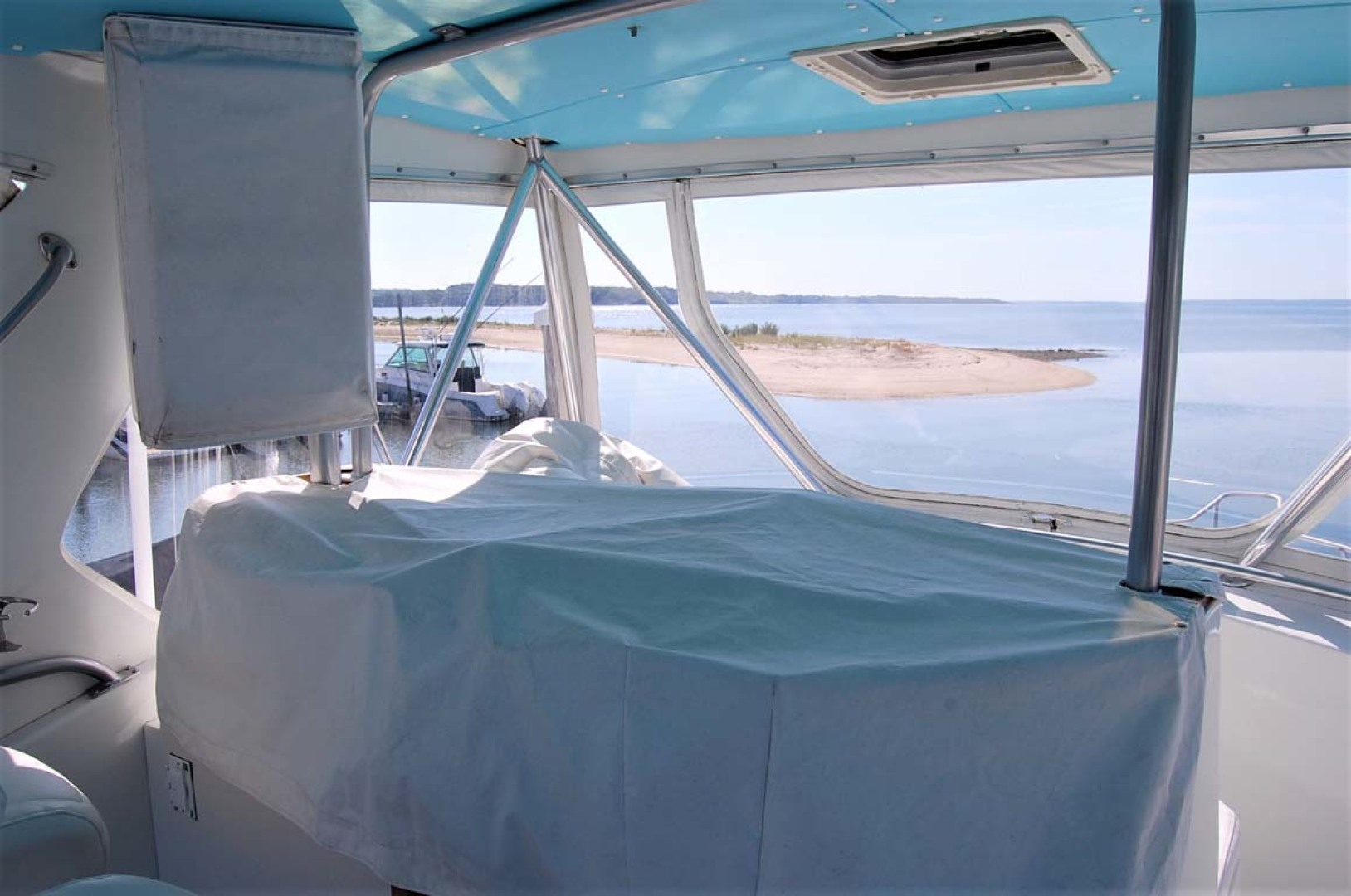 Henriques-38 Convertible 1988-Restless Southold-New York-United States-Helm Console Covers-1228530 | Thumbnail