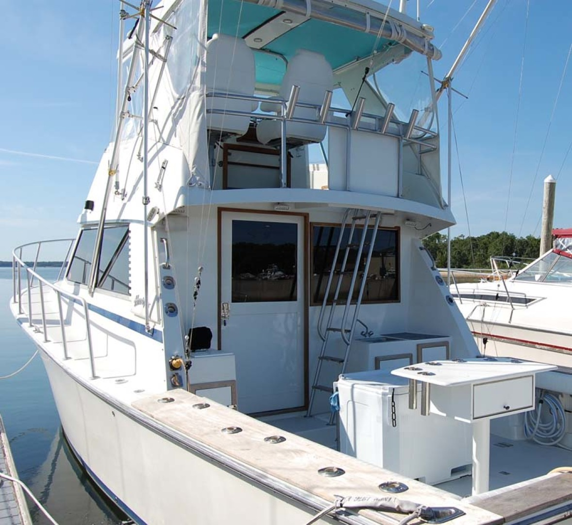 Henriques-38 Convertible 1988-Restless Southold-New York-United States-Port Aft View-1228560 | Thumbnail