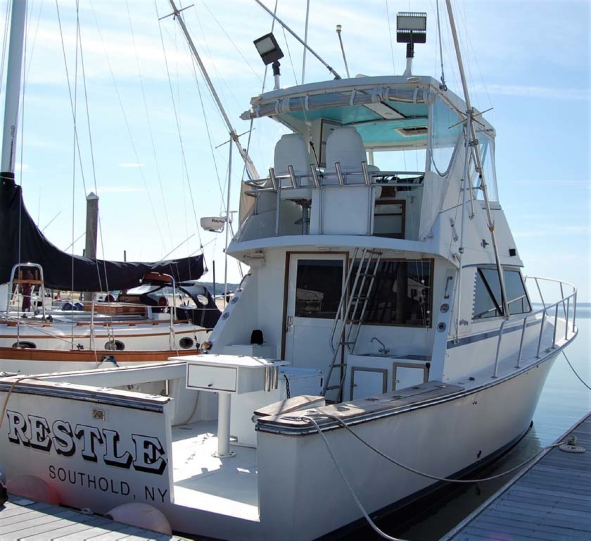 Henriques-38 Convertible 1988-Restless Southold-New York-United States-Starboard Aft View-1228561 | Thumbnail