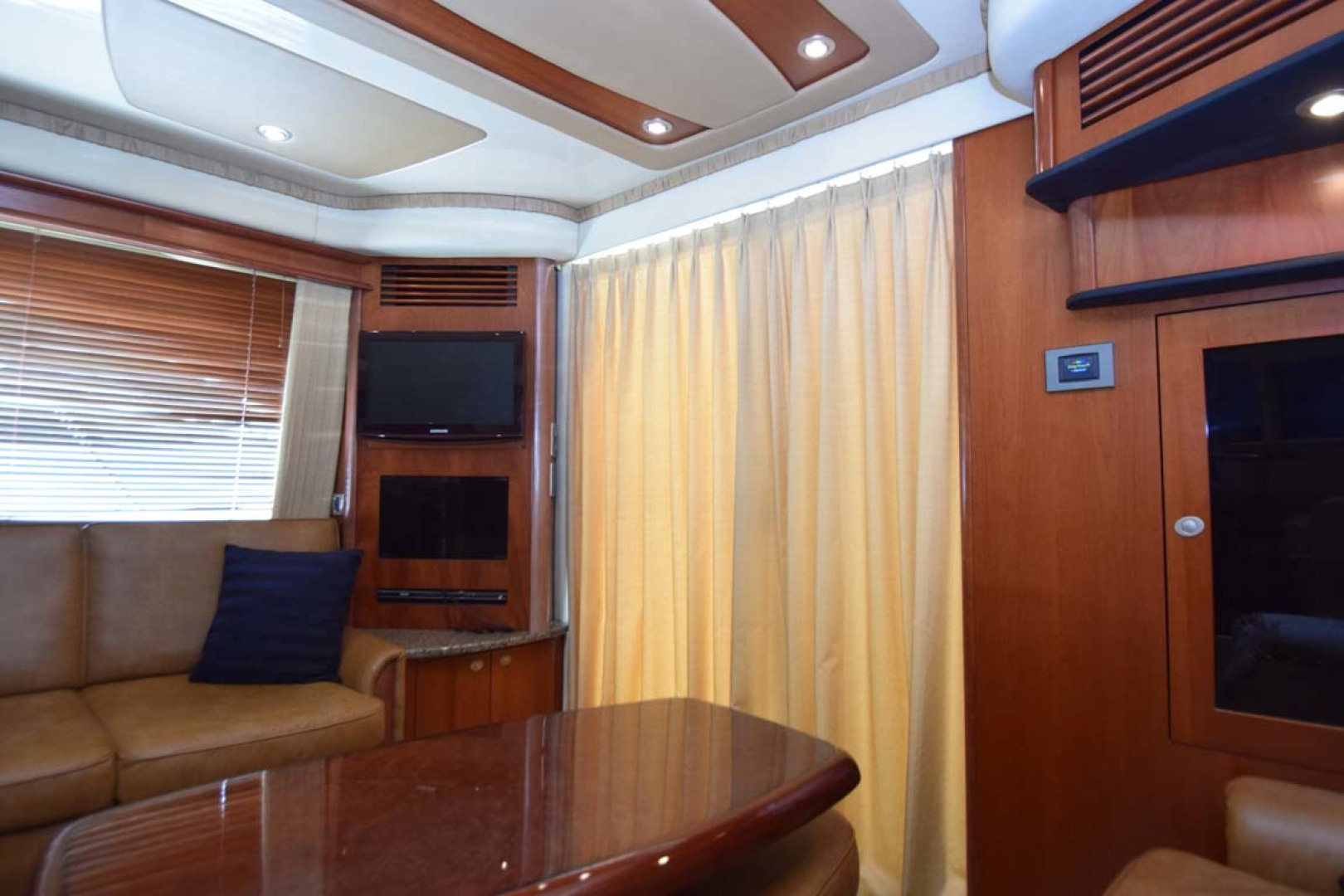 Sea Ray-44 Sedan Bridge 2006-Mr. Munch Coral Gables-Florida-United States-Cabin Entry Sliders  Curtained-1229828 | Thumbnail