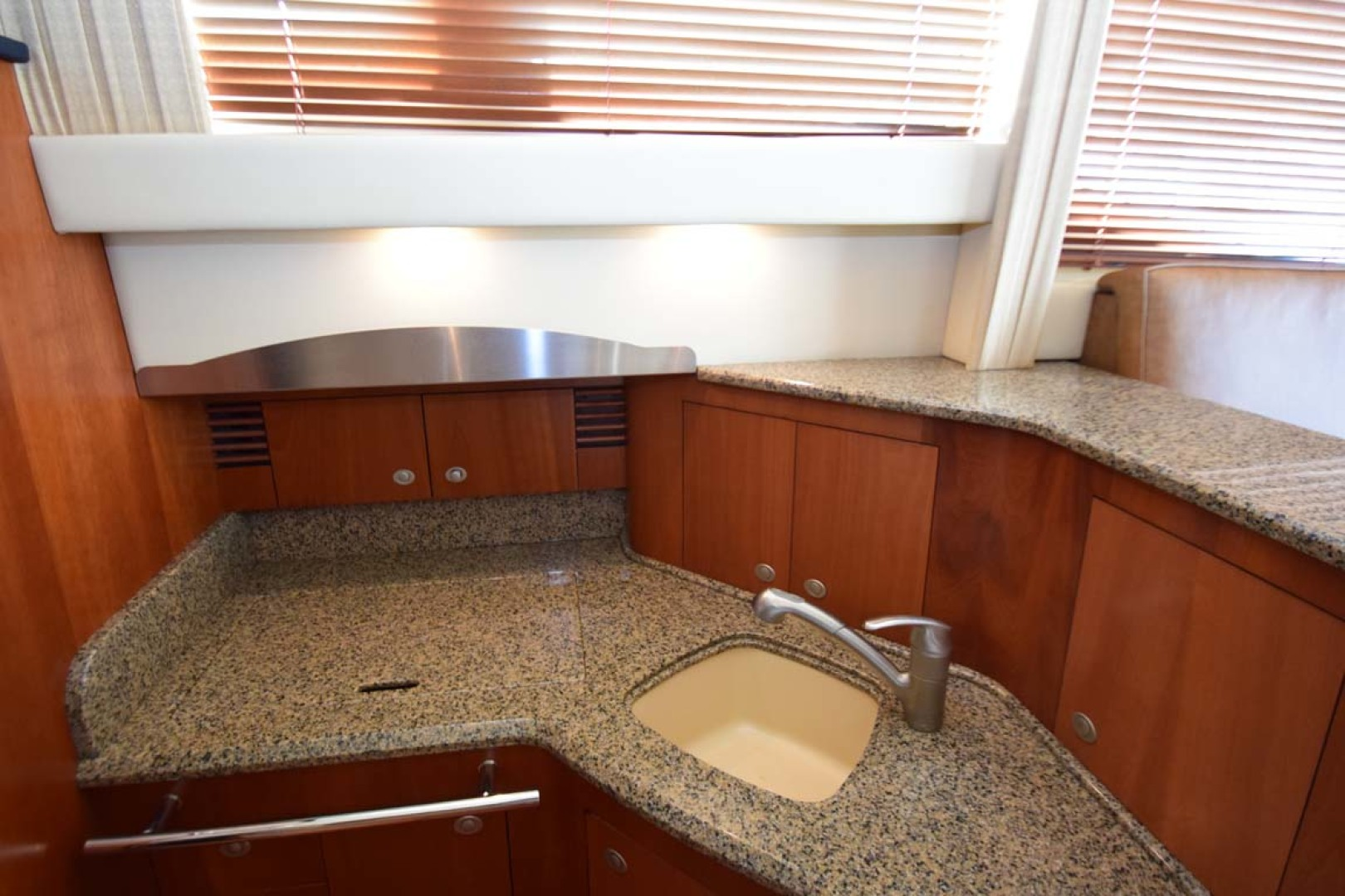 Sea Ray-44 Sedan Bridge 2006-Mr. Munch Coral Gables-Florida-United States-Sink And Covered Cooktop-1229853 | Thumbnail
