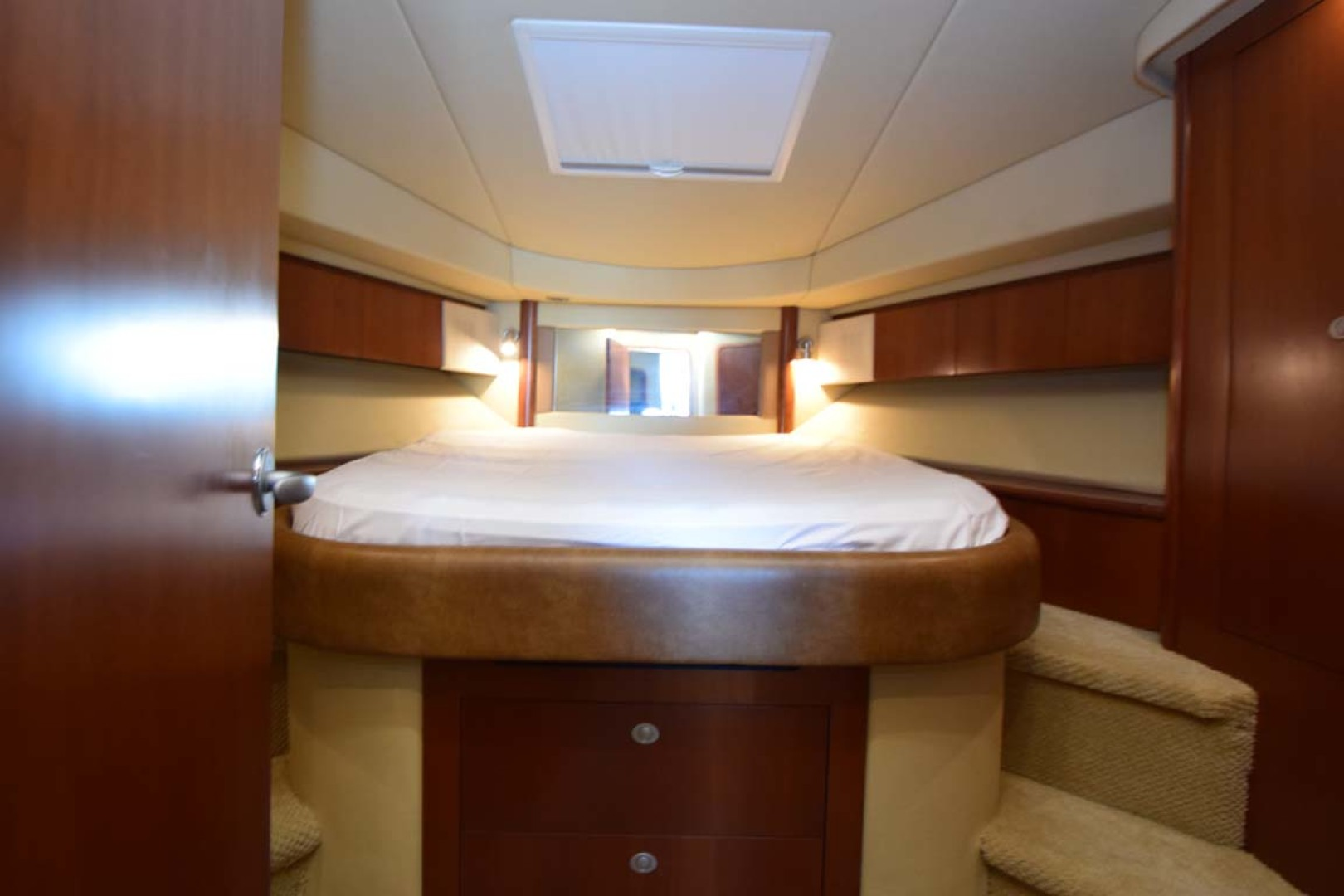 Sea Ray-44 Sedan Bridge 2006-Mr. Munch Coral Gables-Florida-United States-Forward Master Stateroom Centerline Berth-1229857 | Thumbnail