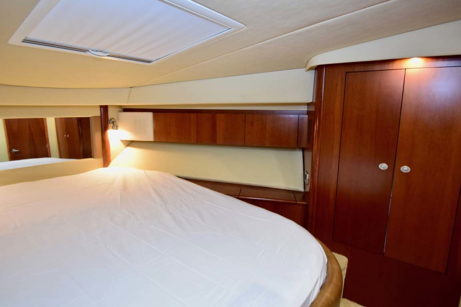 Sea Ray-44 Sedan Bridge 2006-Mr. Munch Coral Gables-Florida-United States-Forward Stateroom To STBD-1229859 | Thumbnail