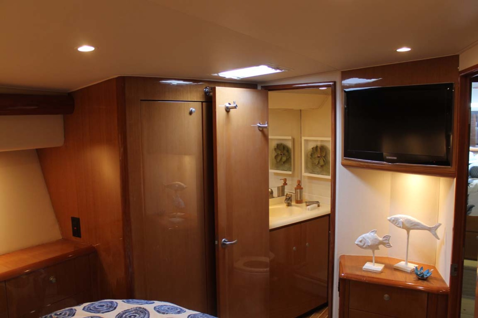 Viking-52 Convertible 2002-Wound Up Cape May-New Jersey-United States-Master Stateroom-1230063 | Thumbnail