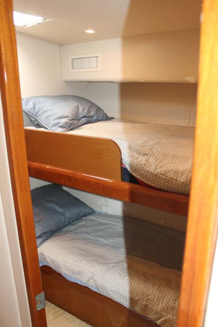 Viking-52 Convertible 2002-Wound Up Cape May-New Jersey-United States-Crew Quarters-1230075 | Thumbnail