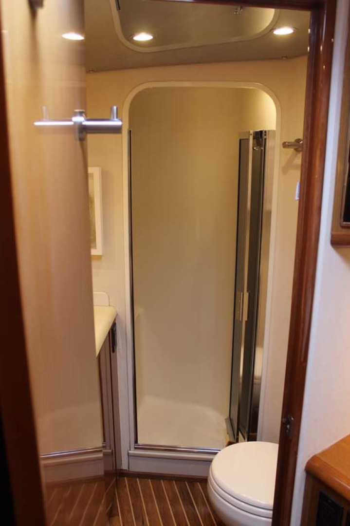 Viking-52 Convertible 2002-Wound Up Cape May-New Jersey-United States-Master Head Stall Shower-1230065 | Thumbnail