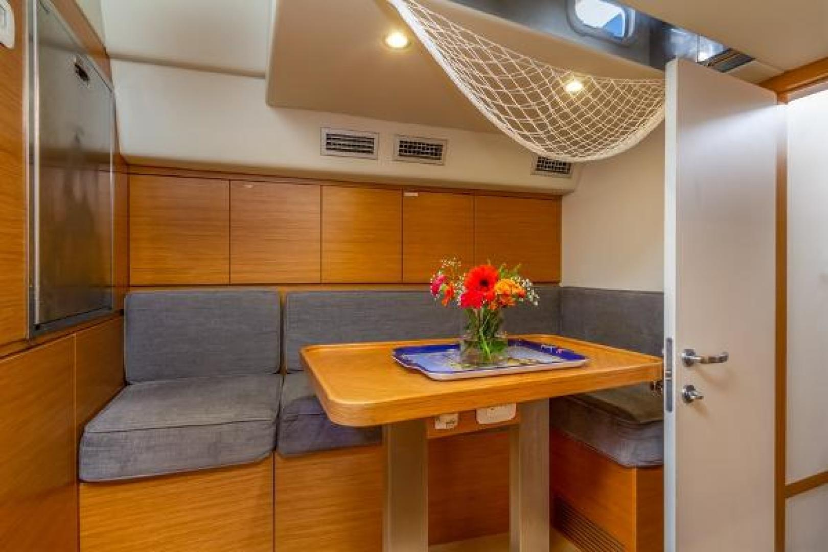 Custom-Farr 85 Deck Salon 2020-Sapphire Knight California-United States-1230192 | Thumbnail