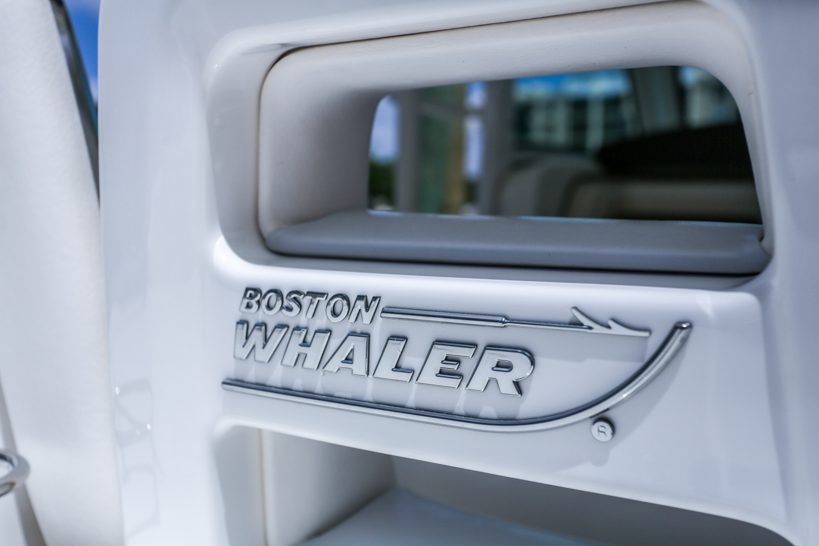 Picture Of: 37' Boston Whaler Outrage 2015 Yacht For Sale | 2 of 56