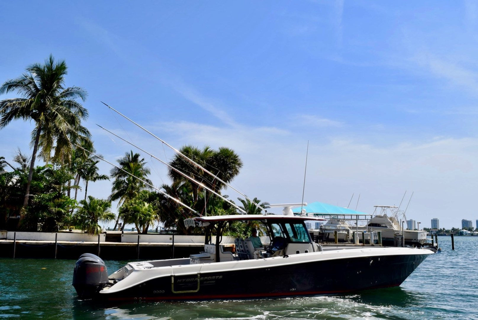 Picture Of: 42' Hydra-Sports 4200 Siesta 2016 Yacht For Sale | 2 of 42