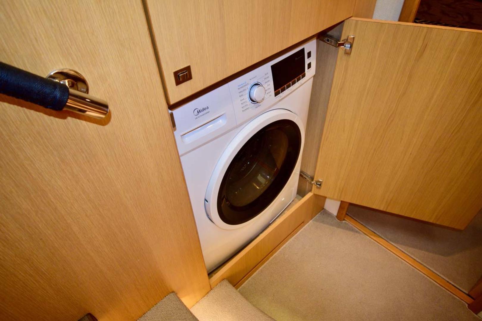 Princess-V72 2013-High Bid Destin-Florida-United States-Combination Washer And Dryer-1233073 | Thumbnail