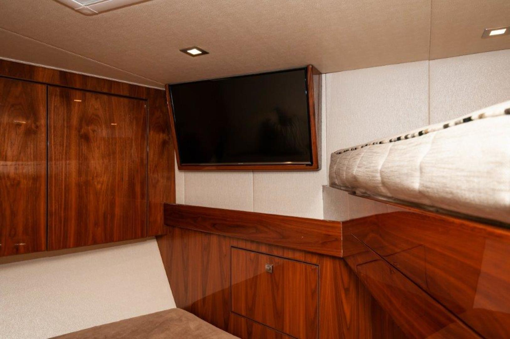 Viking-72 Enclosed Bridge 2017-SHARE E Orange Beach-Alabama-United States-2017 72 EB Viking SHARE-E VIP Stateroom-1233289 | Thumbnail