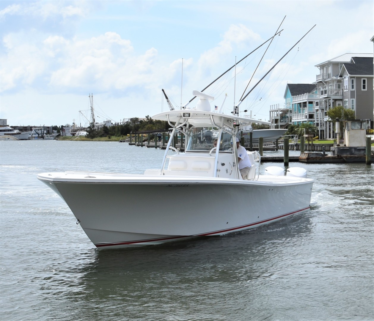Reel Dirty is a Regulator 34SS Center Console Yacht For Sale in Beaufort--0