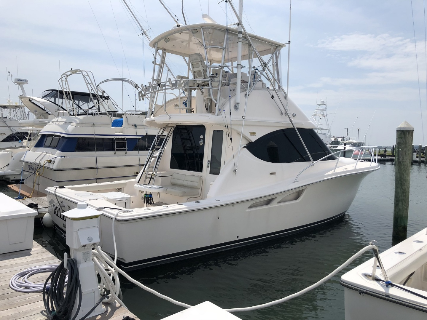 Picture Of: 39' Tiara 39 Convertible 2015 Yacht For Sale | 2 of 28