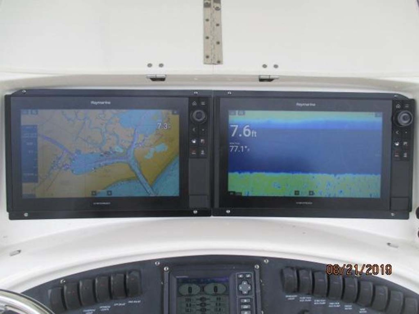 Boston Whaler-320 Outrage 2011 -Cape May-New Jersey-United States-Electronics-1237217 | Thumbnail