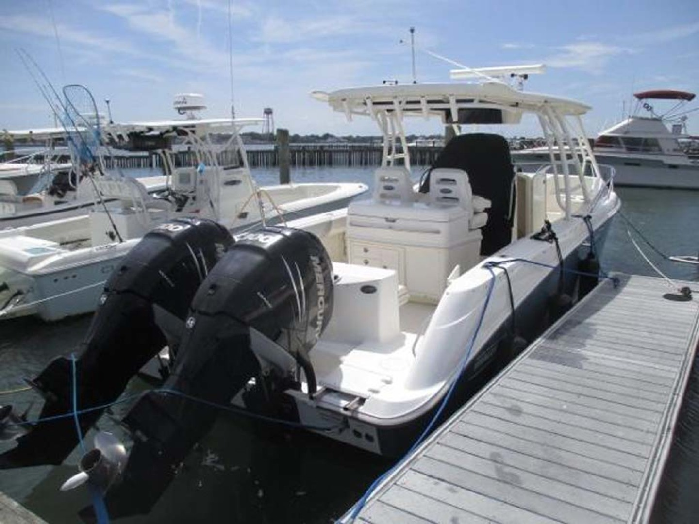 Boston Whaler-320 Outrage 2011 -Cape May-New Jersey-United States-Aft Stbd  Engines Up-1237203 | Thumbnail