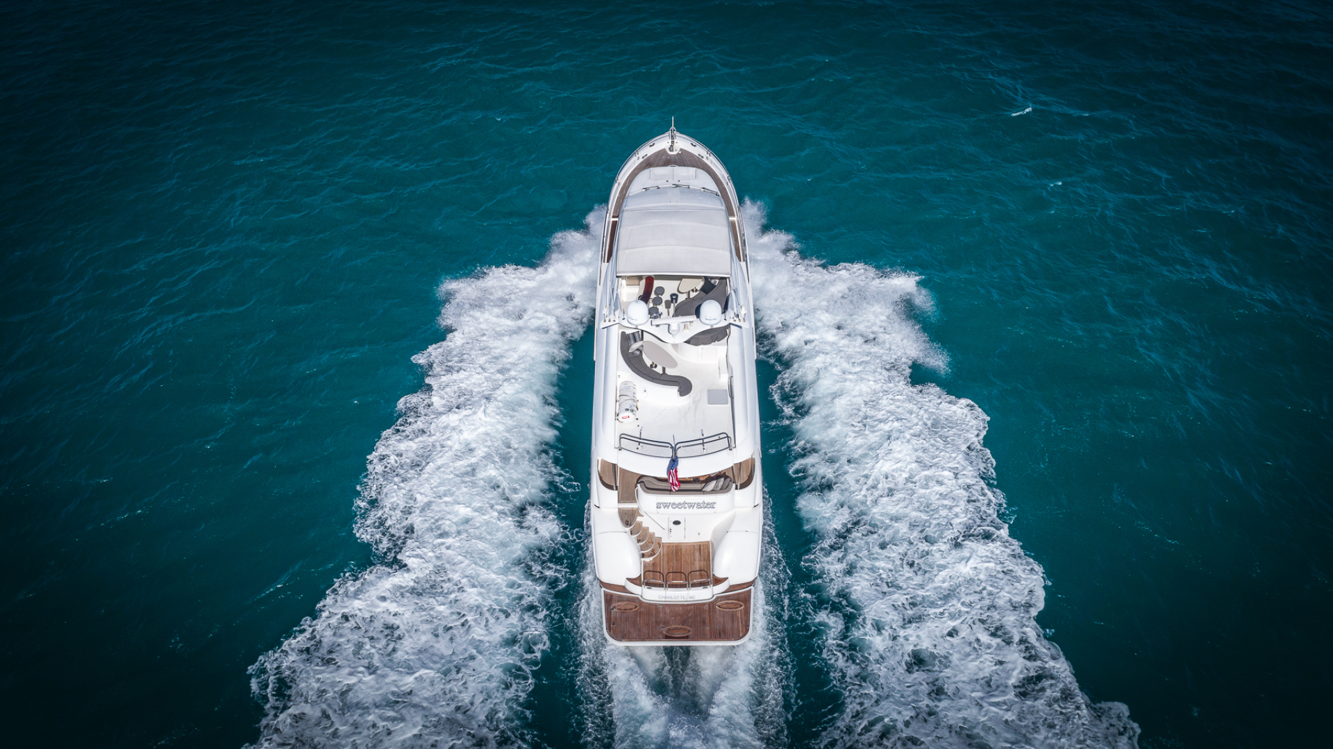 Picture Of: 80' Lazzara 2004 Yacht For Sale | 2 of 47