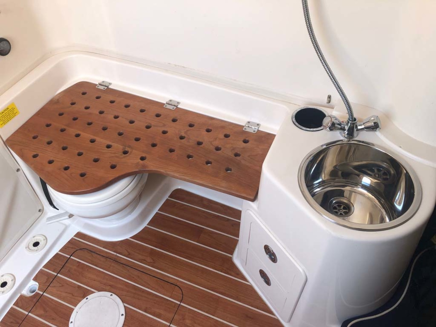Grady-White-336 Canyon 2017-Lila Maya III Destin-Florida-United States-Shower Seat Over Head-1238869 | Thumbnail