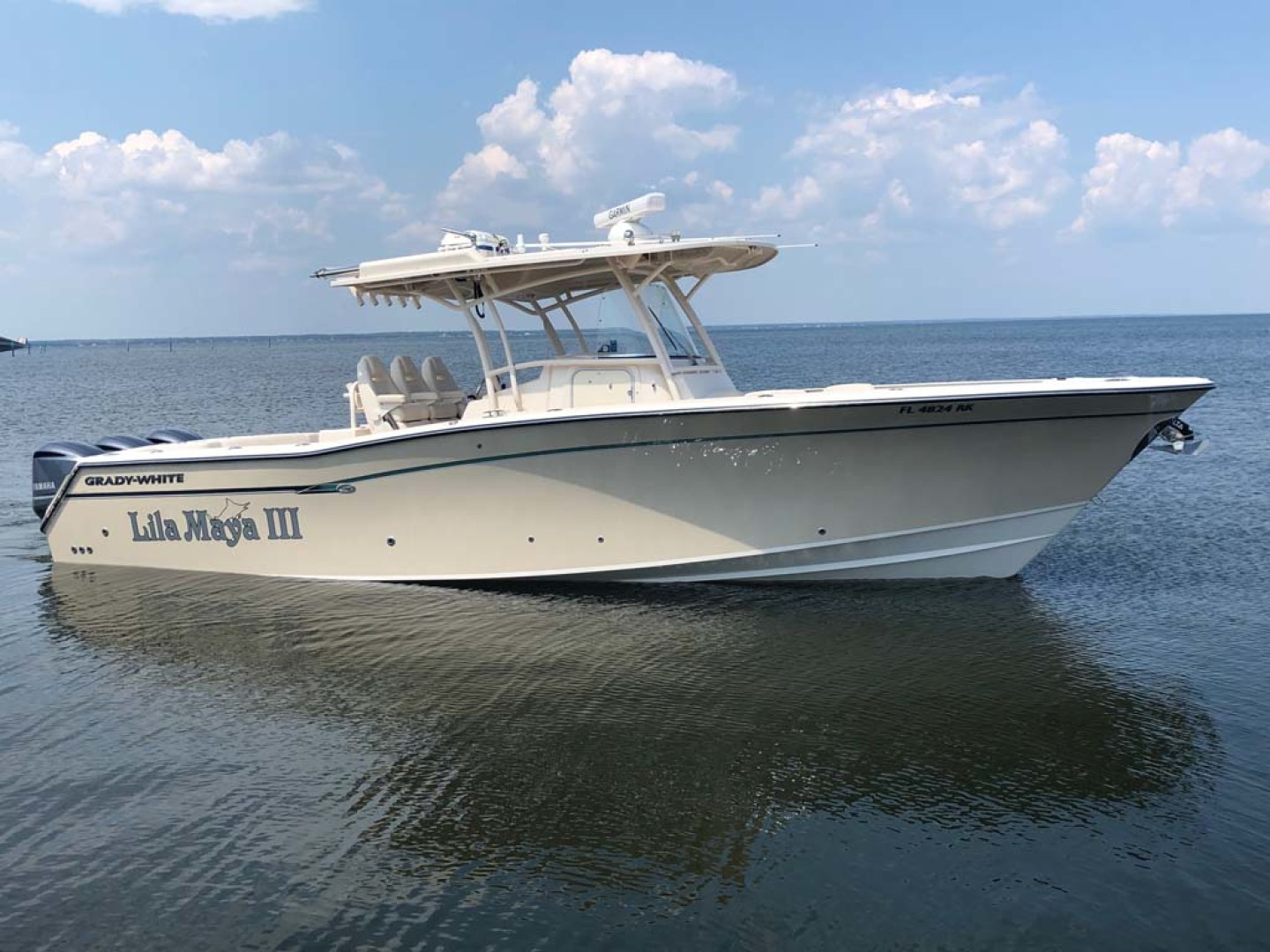 Picture Of: 33' Grady-White 336 Canyon 2017 Yacht For Sale | 1 of 37