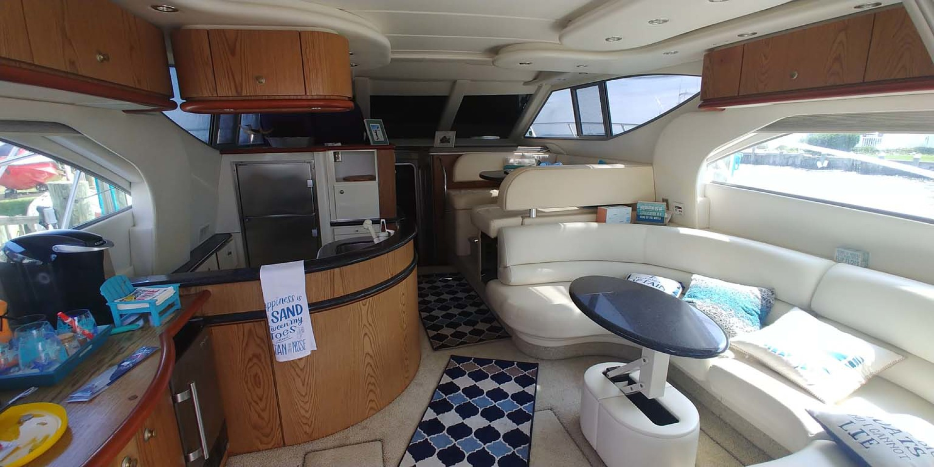 Maxum-46 SCB 2001-Soul Mate Ocean City-Maryland-United States-Salon And Galley-1238909 | Thumbnail