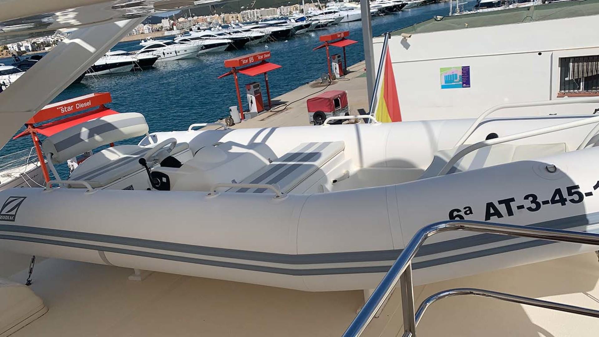 Astondoa-82 GLX 2006-Hemera Cuarta Ibiza-Spain-Tender-1252436   Thumbnail