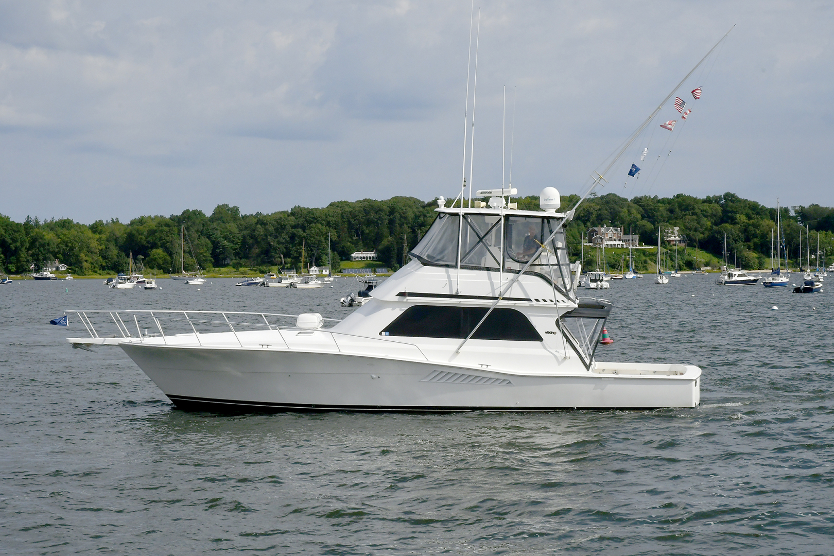 Picture Of: 47' Viking 47 Convertible 1997 Yacht For Sale   1 of 34