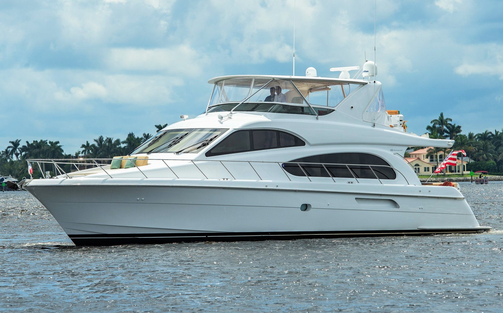 Picture Of: 64' Hatteras 64 Motoryacht 2006 Yacht For Sale   2 of 3
