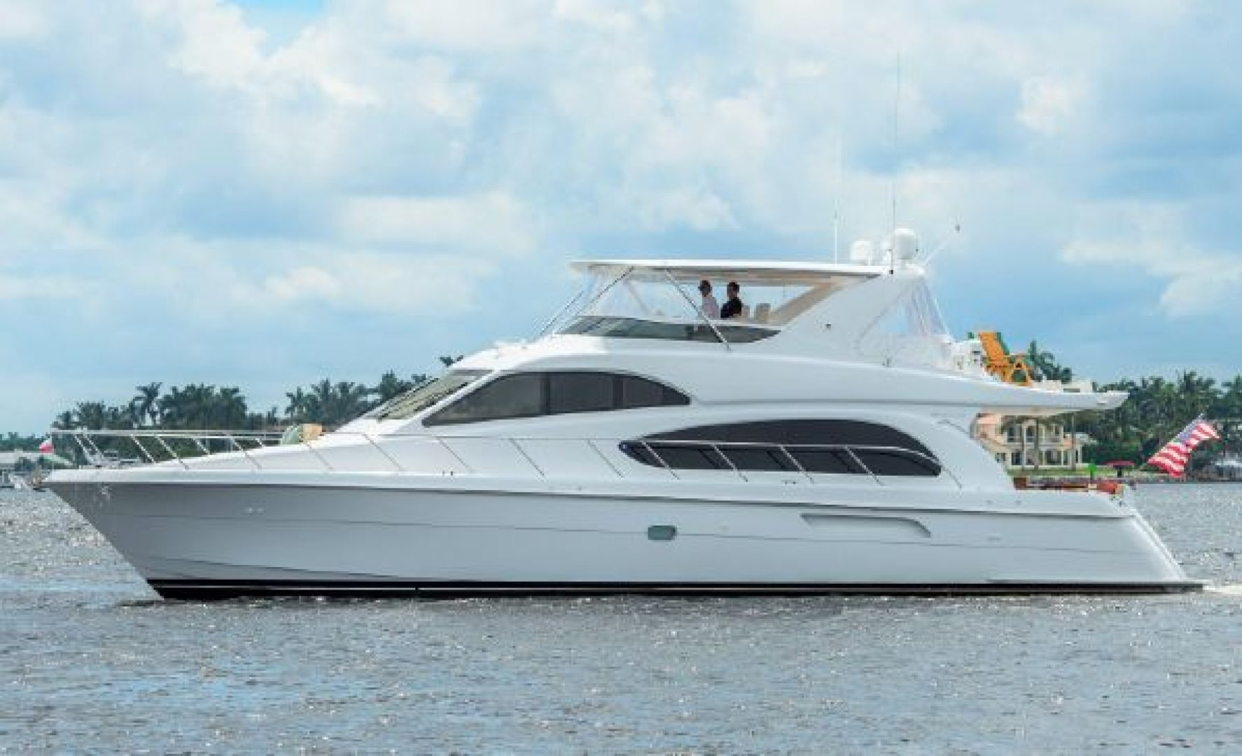Picture Of: 64' Hatteras 64 Motoryacht 2006 Yacht For Sale   1 of 3