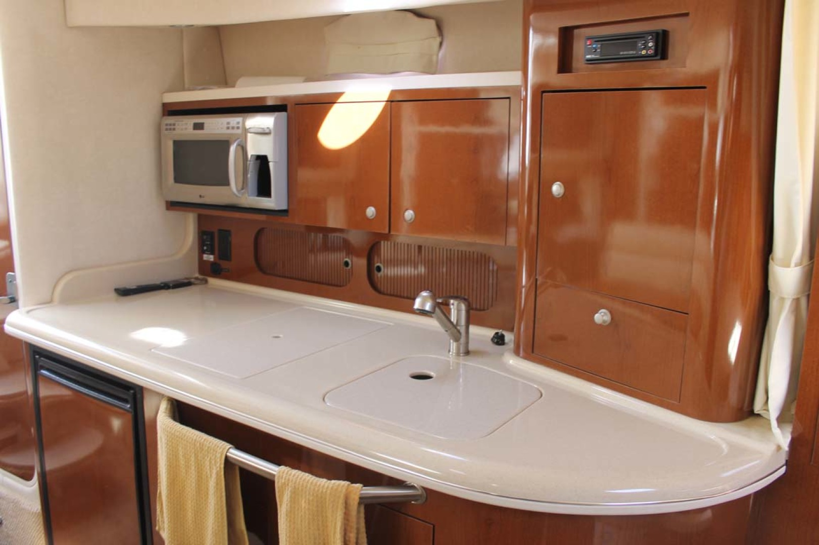 Sea Ray-340 Sundancer 2008-Miss Leah Somers Point-New Jersey-United States-Galley-1242062 | Thumbnail