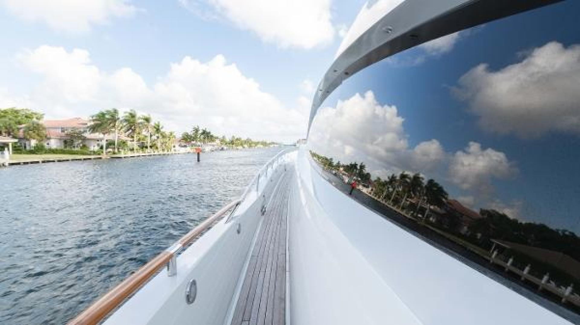 Lazzara-LSX 92 2012-Helios Florida-United States-1244151 | Thumbnail