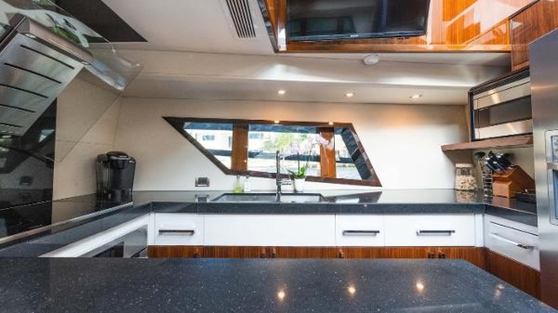 Lazzara-LSX 92 2012-Helios Florida-United States-1244127 | Thumbnail