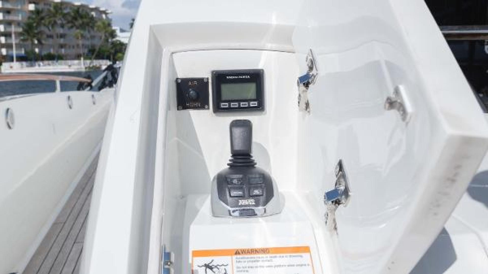 Lazzara-LSX 92 2012-Helios Florida-United States-1244188 | Thumbnail