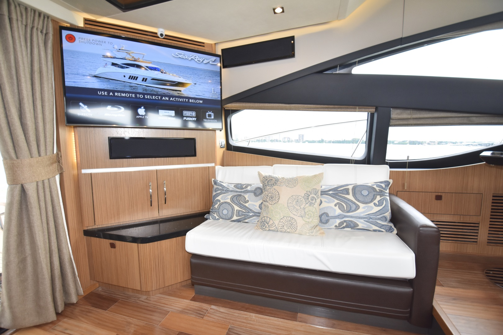 Sea Ray-L650 2016-3x's the Charm Longboat Key-Florida-United States-2016 Sea Ray L650  3x's the Charm  Salon-1251792 | Thumbnail
