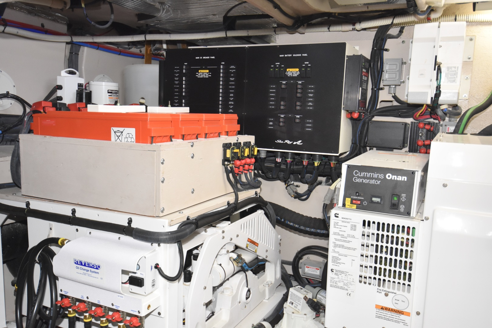 Sea Ray-L650 2016-3x's the Charm Longboat Key-Florida-United States-2016 Sea Ray L650  3x's the Charm  Engine Room-1251870 | Thumbnail