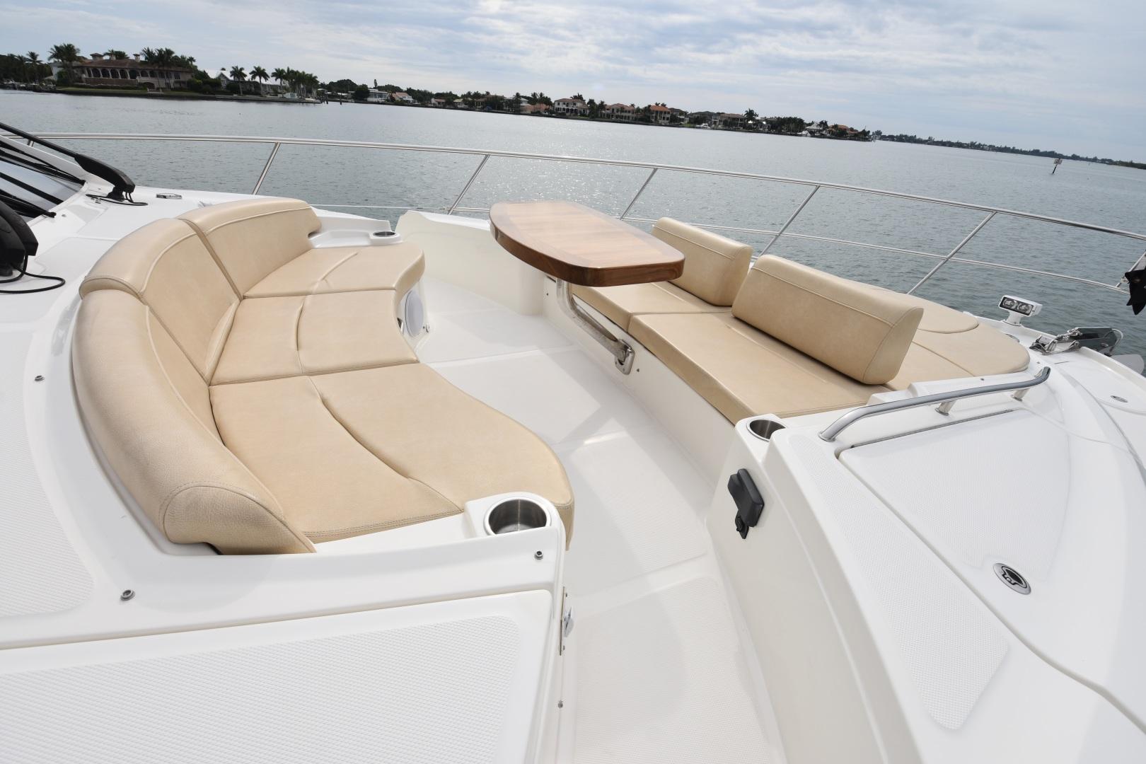 Sea Ray-L650 2016-3x's the Charm Longboat Key-Florida-United States-2016 Sea Ray L650  3x's the Charm  Bow Seating-1251860 | Thumbnail