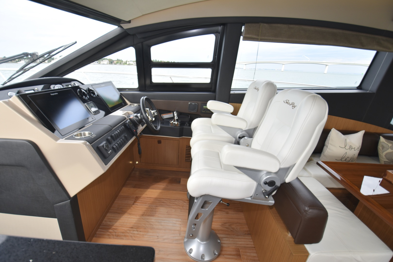 Sea Ray-L650 2016-3x's the Charm Longboat Key-Florida-United States-2016 Sea Ray L650  3x's the Charm   Helm-1251883 | Thumbnail