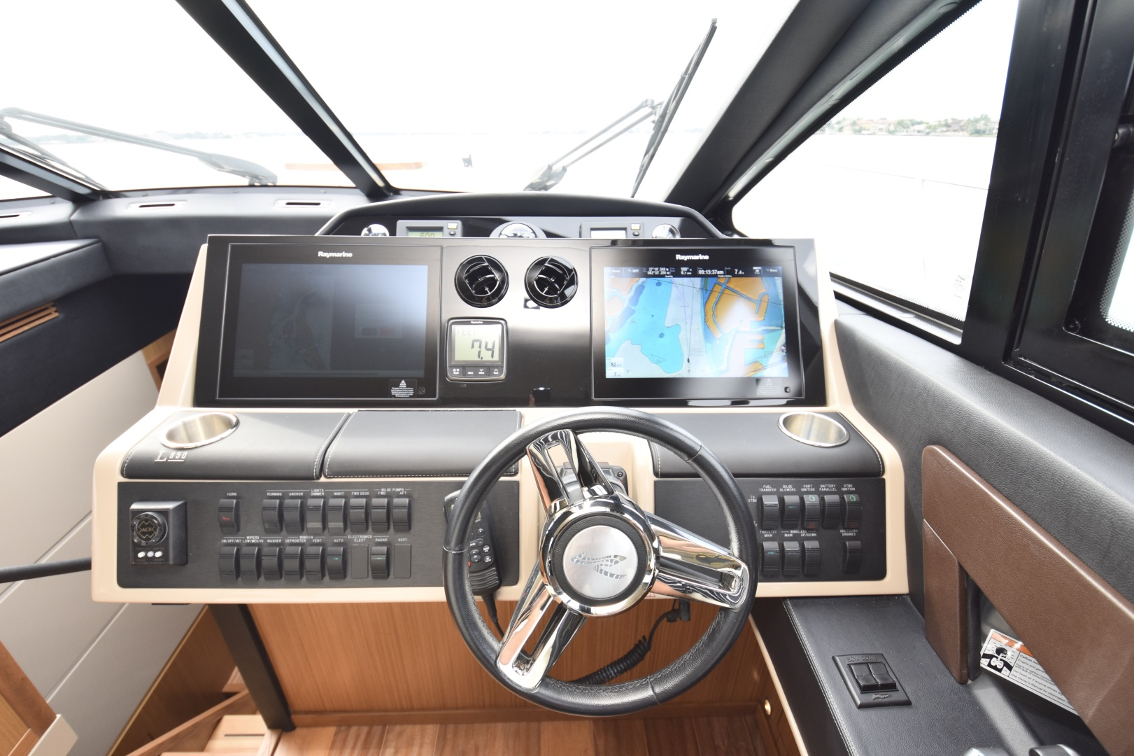 Sea Ray-L650 2016-3x's the Charm Longboat Key-Florida-United States-2016 Sea Ray L650  3x's the Charm  Helm-1251788 | Thumbnail