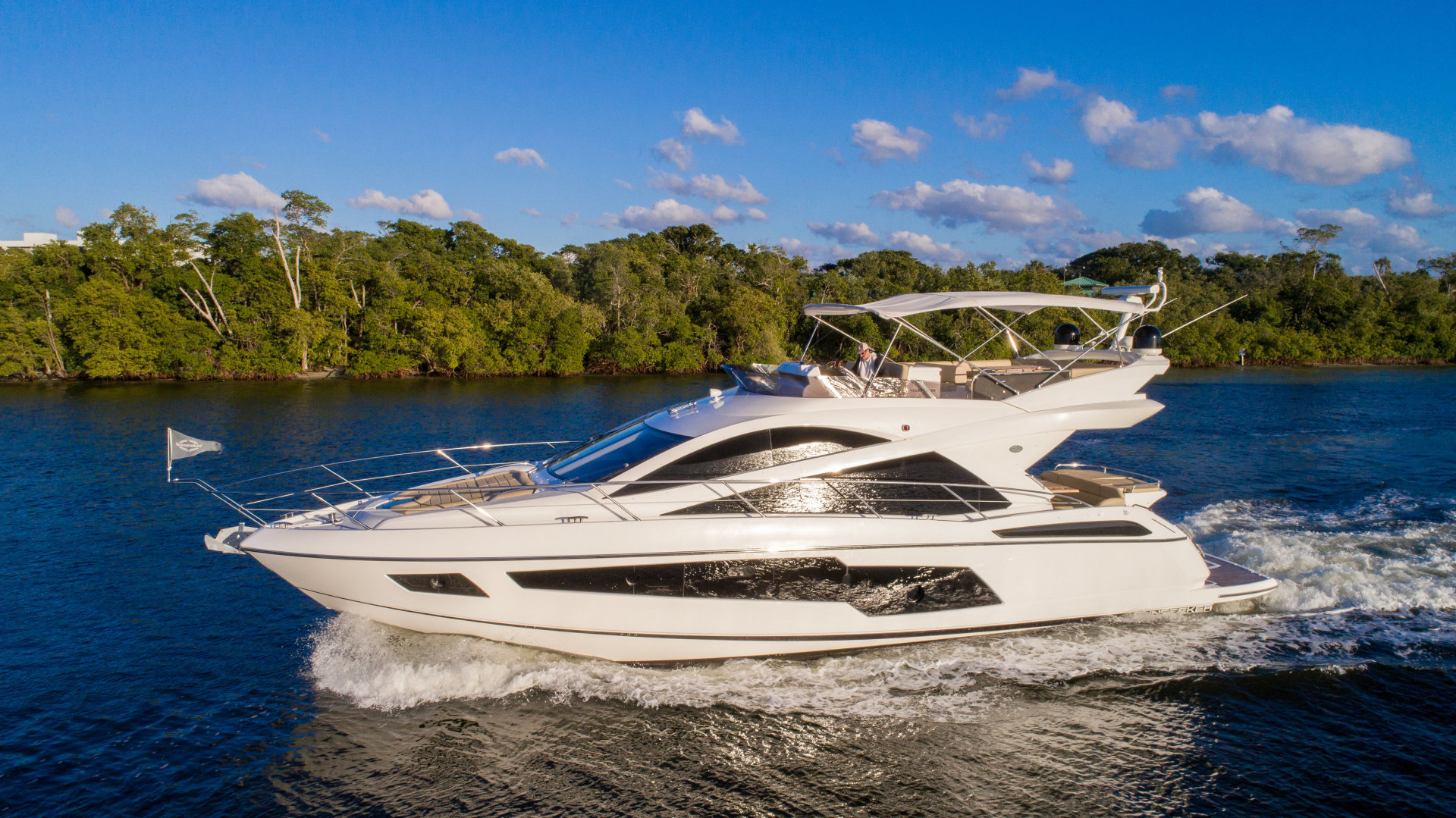 Picture Of: 60' Sunseeker Manhattan 2015 Yacht For Sale   1 of 59