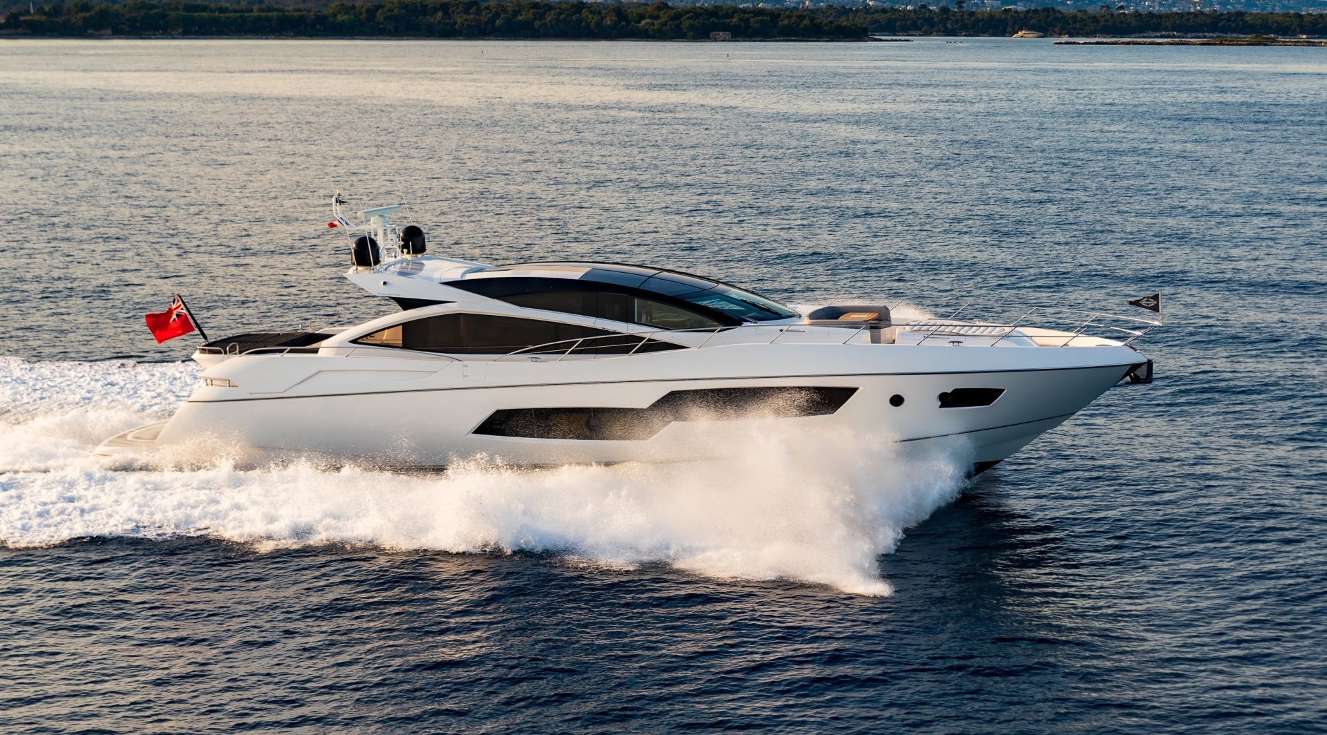 Picture Of: 81' Sunseeker Predator 80 2014 Yacht For Sale | 2 of 22