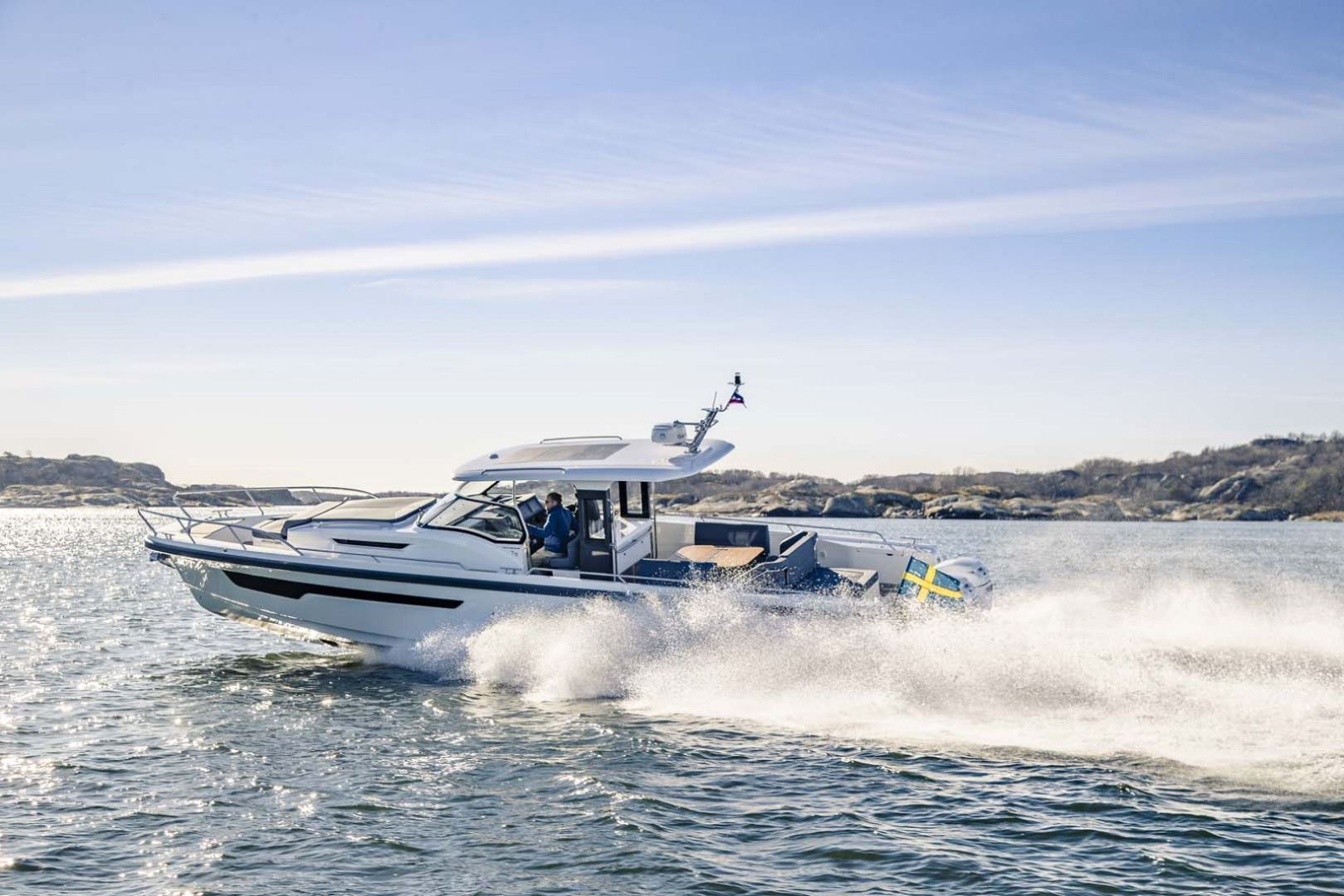 Picture Of: 40' Nimbus T11 2021 Yacht For Sale | 2 of 18
