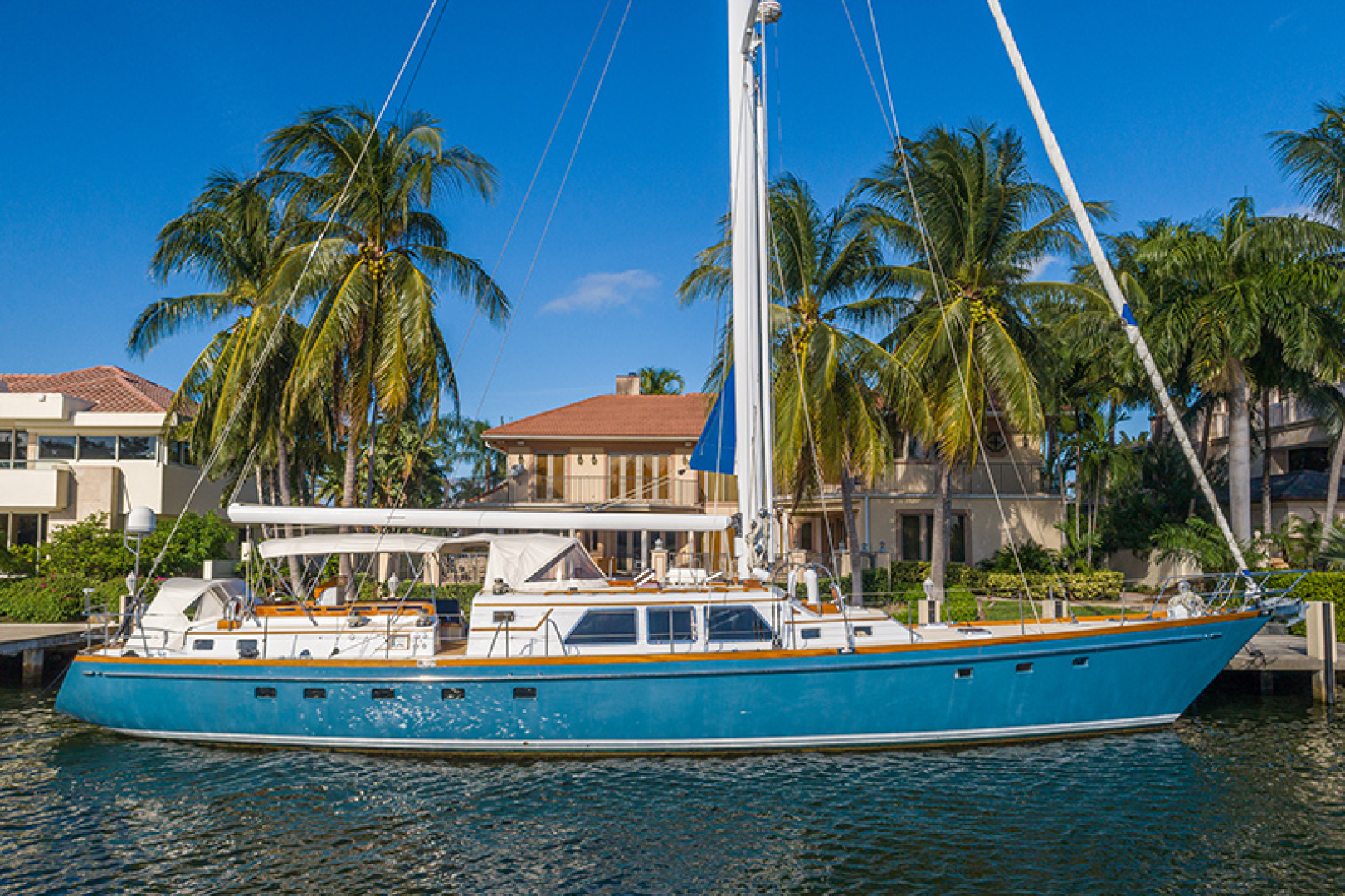 Picture Of: 75' Little Harbor Raised Saloon 1982 Yacht For Sale | 1 of 29