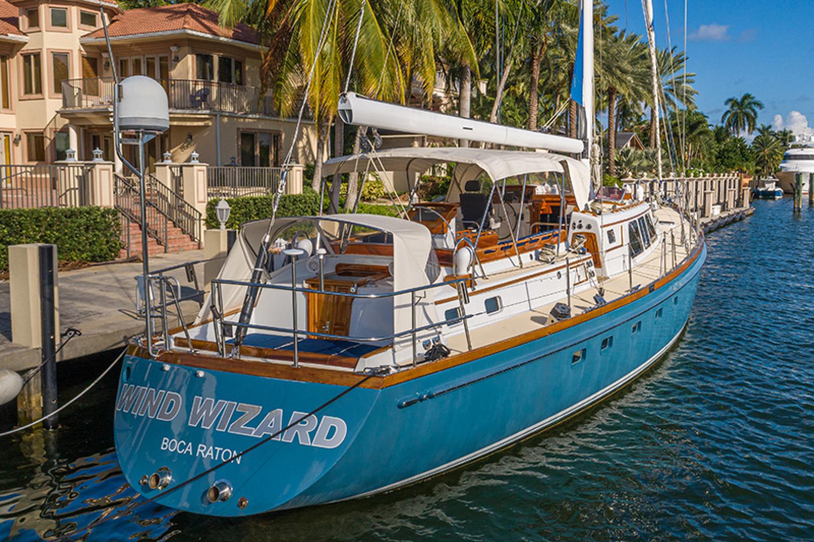 Little Harbor-Raised Saloon 1982-WIND WIZARD Fort Lauderdale-Florida-United States-Stern-1264286 | Thumbnail