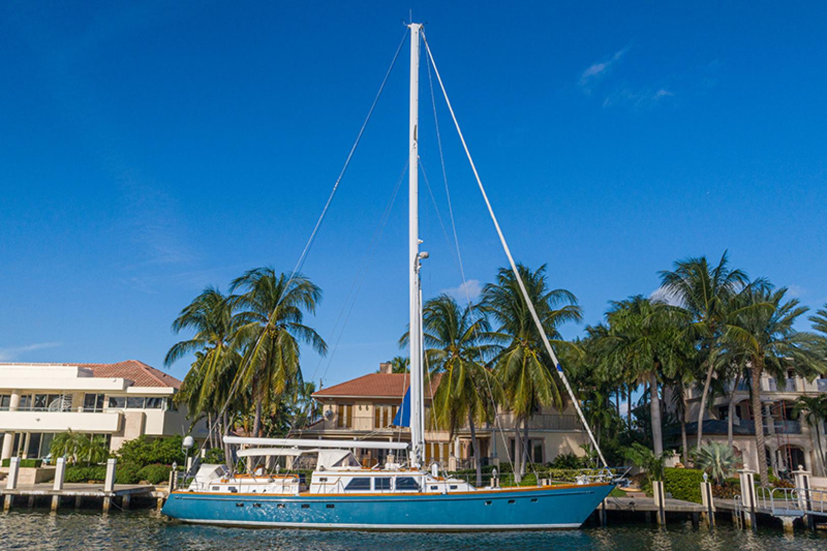 Little Harbor-Raised Saloon 1982-WIND WIZARD Fort Lauderdale-Florida-United States-Starboard Profile-1264287 | Thumbnail