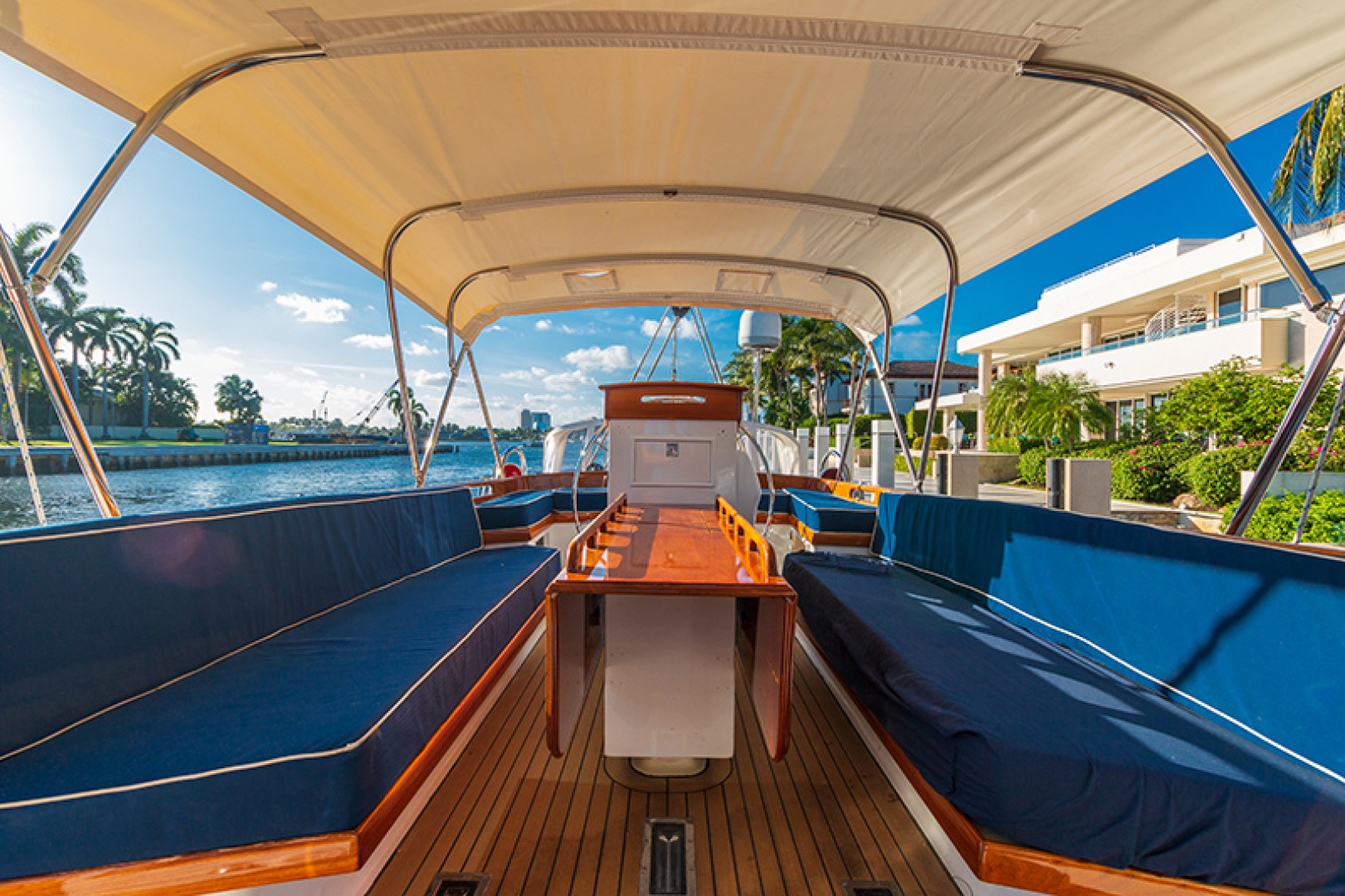 Little Harbor-Raised Saloon 1982-WIND WIZARD Fort Lauderdale-Florida-United States-Upper Deck-1264273 | Thumbnail