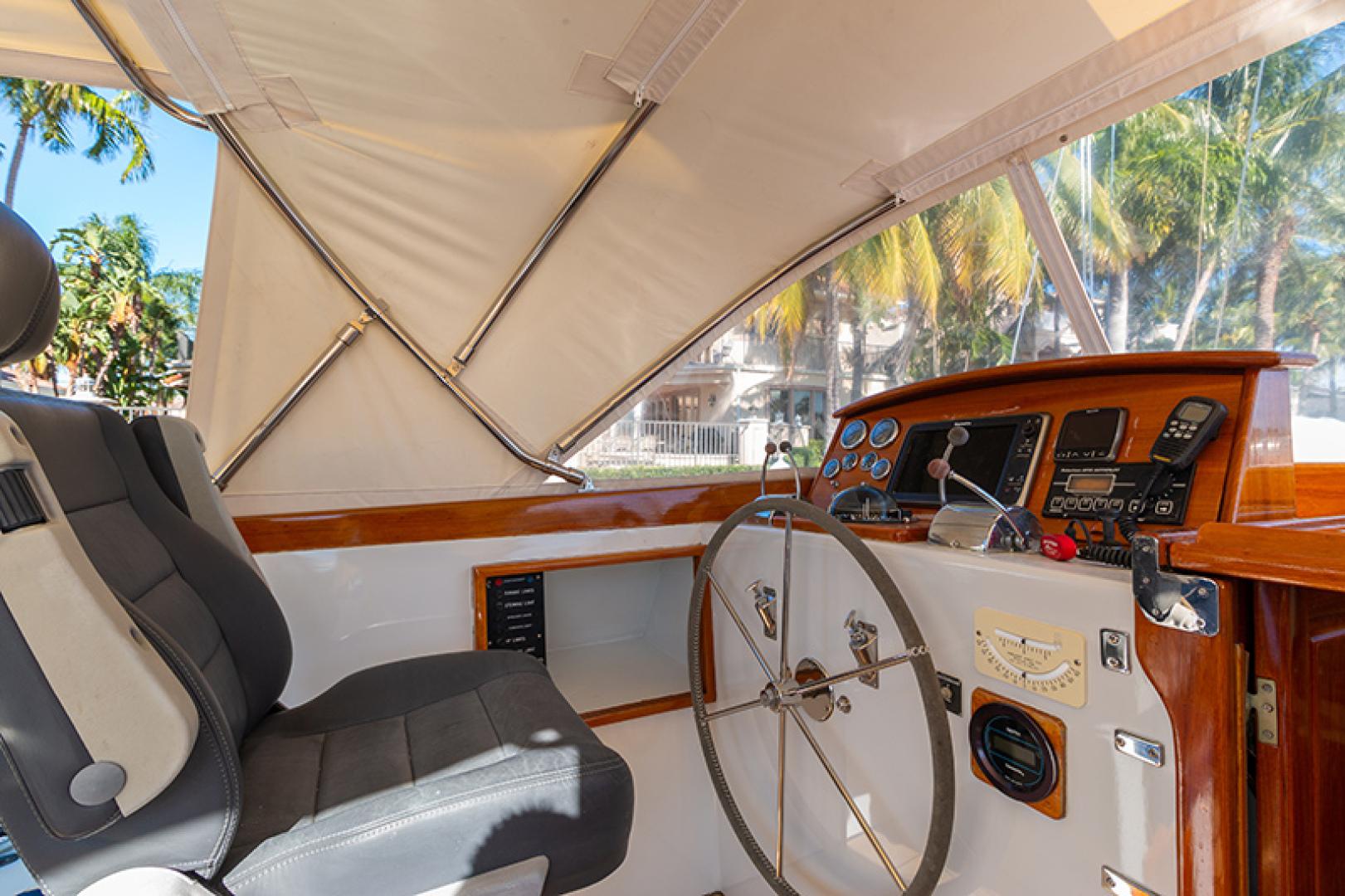 Little Harbor-Raised Saloon 1982-WIND WIZARD Fort Lauderdale-Florida-United States-Helm-1264276 | Thumbnail