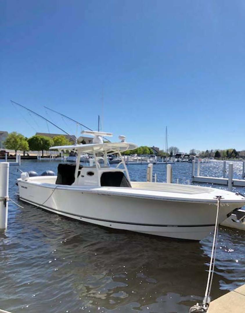 Regulator-31 Center Console 2017 -Stuart-Florida-United States-Starboard Bow At Dock-1253404   Thumbnail