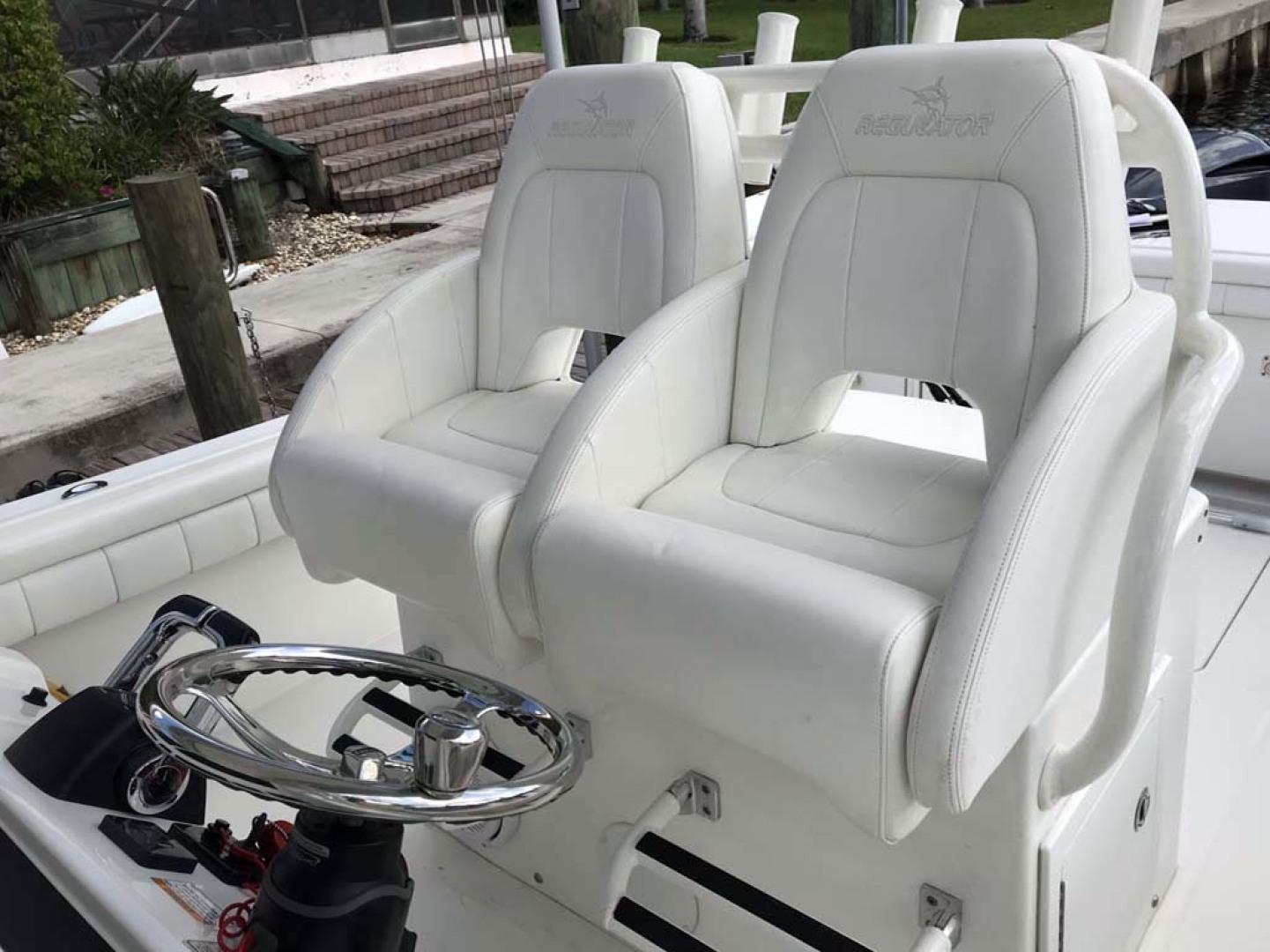 Regulator-31 Center Console 2017 -Stuart-Florida-United States-Helm Seats-1253425   Thumbnail