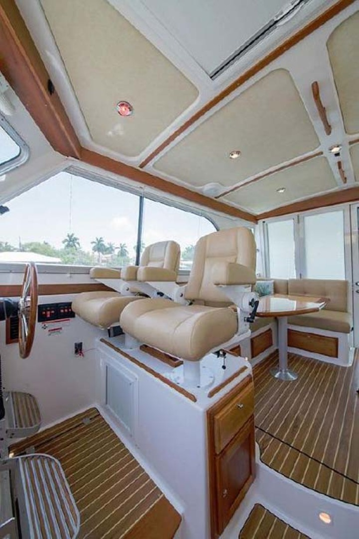 Back Cove-37 Classic 2013-Current Adventure Stuart-Florida-United States-Helm Seats-1254455 | Thumbnail
